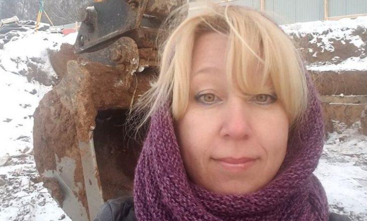 Vdes kryeredaktorja ruse e lajmeve, i vë vetës zjarrin