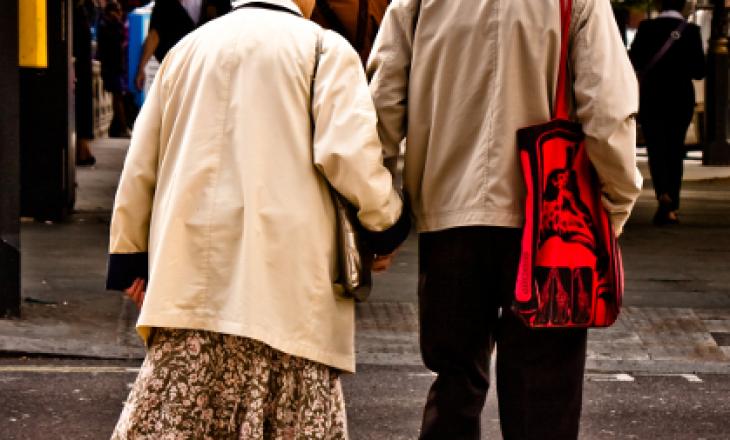 Në Kuvend kërkohet që të moshuarit të mos lajmërohen për pensione gjatë pandemisë