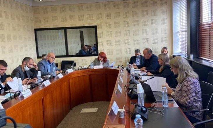 Propozohet që në komisionin hetimor për hidrocentrale të ftohet Mustafa e Kusari-Lila