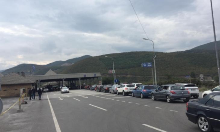 Shtohet qarkullimi i qytetarëve drejt Maqedonisë së Veriut pa testin PCR