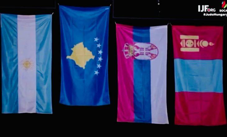 Distria Krasniqi e ngriti lartë flamurin e Kosovës, përgëzohet nga presidenti