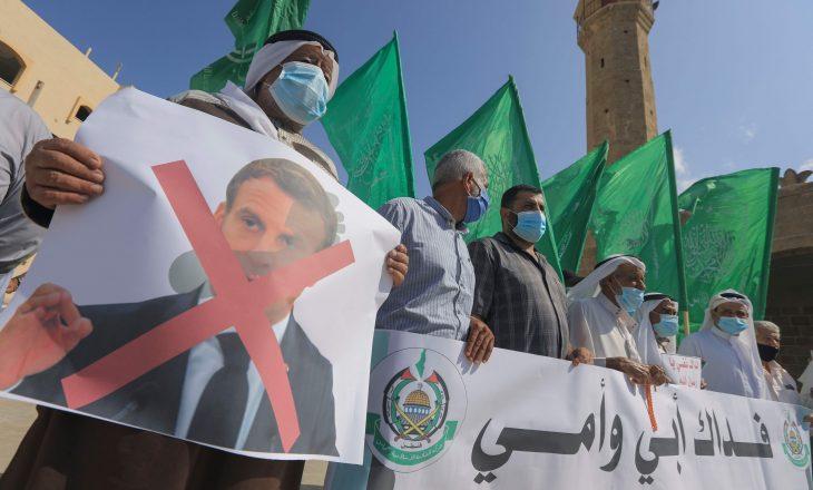 Protesta në Siri, protestohet kundër presidentit francez Macron
