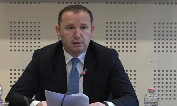 Ministria e Shëndetësisë: Zemaj nuk ka kërcenuar apo fyer askë