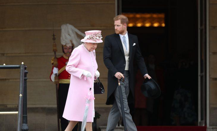 Princ Harry-n e pret një bisedë e vështirë me Mbretëreshën