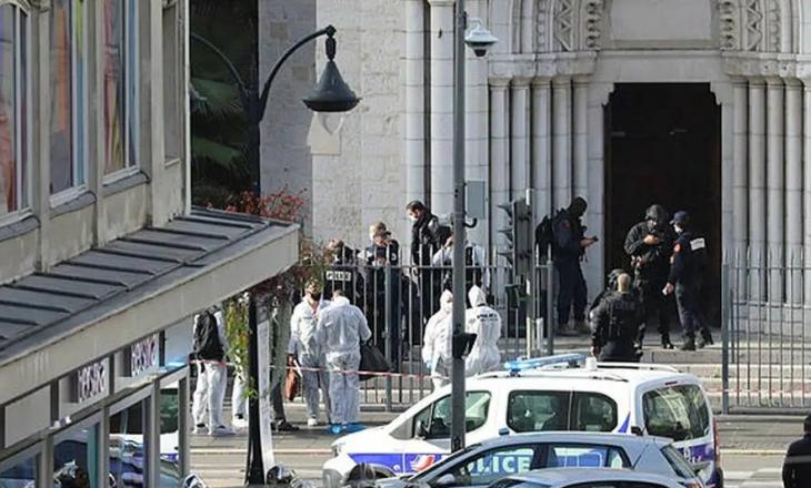 Tre të vrarë nga sulmi terrorist në Francë