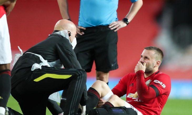 Luke Shaw do të mungoj një muaj te Manchester United