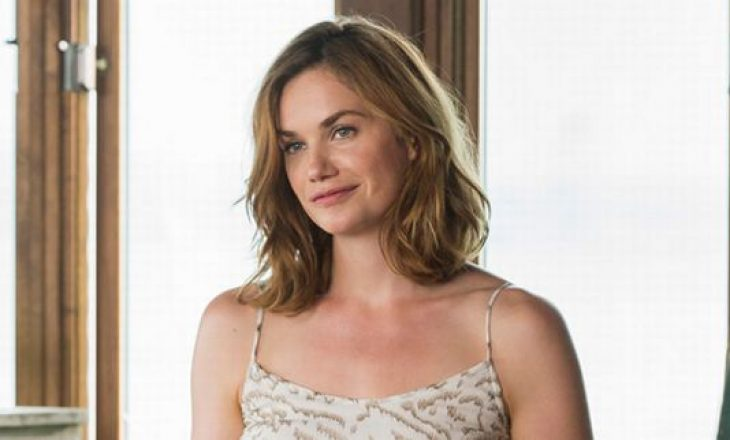 Aktorja rrëfehet se e la serialin për shkak të skenave të shumta të seksit