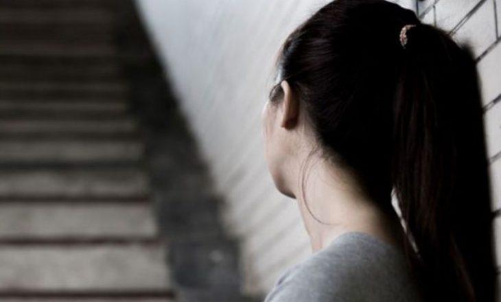 U trafikua te persona të ndryshëm – mbetet shtatëzënë një vajzë në Ferizaj