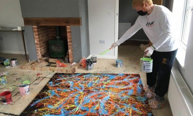 Ed Sheeran dhuron pikturat për ankand bamirës