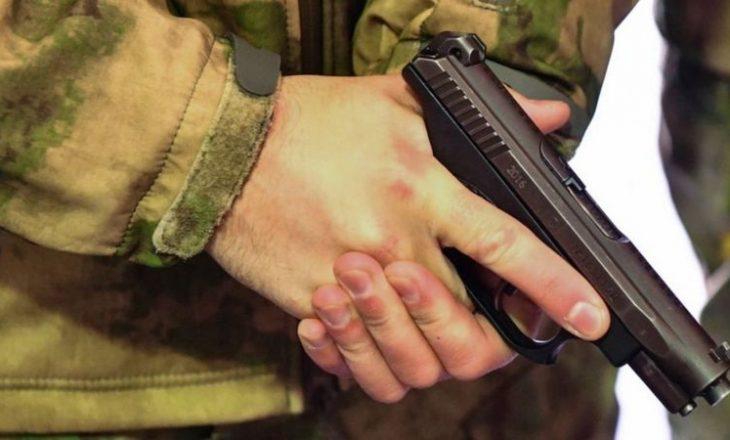 Tre ushtarë rus vrahen në bazën afër Voronezh