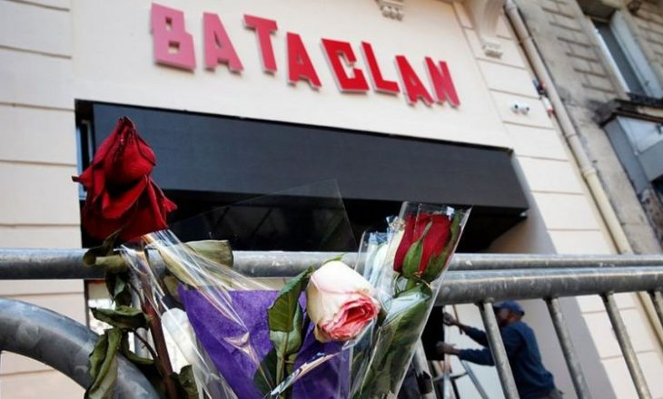 Sulmet e Parisit: Franca përkujton natën e terrorit dhe kërcënimet xhihadiste