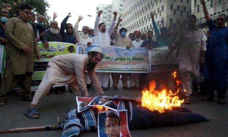Edhe Pakistani bëhet një prej vendeve që bojkoton produktet franceze