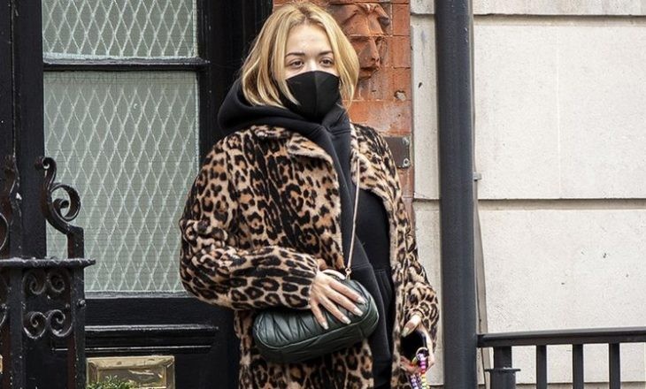 Rita Ora 'thellësisht e penduar' për festën e ditëlindjes që theu rregullat e Covid