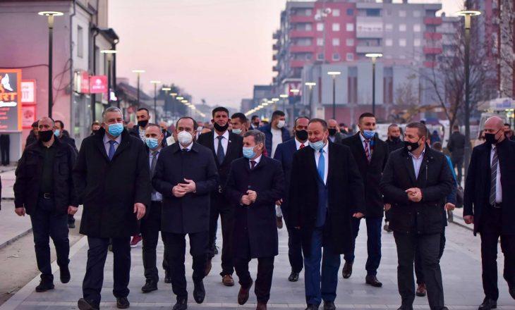Si (s)u respektuan masat anti-COVID'19 në hapjen e fushatës së LDK-së në Podujevë?