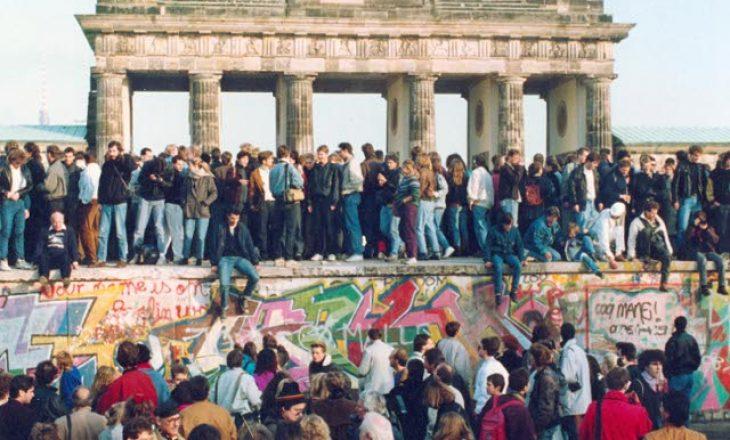 Shënohet 31 vjetori i rënies së murit të Berlinit