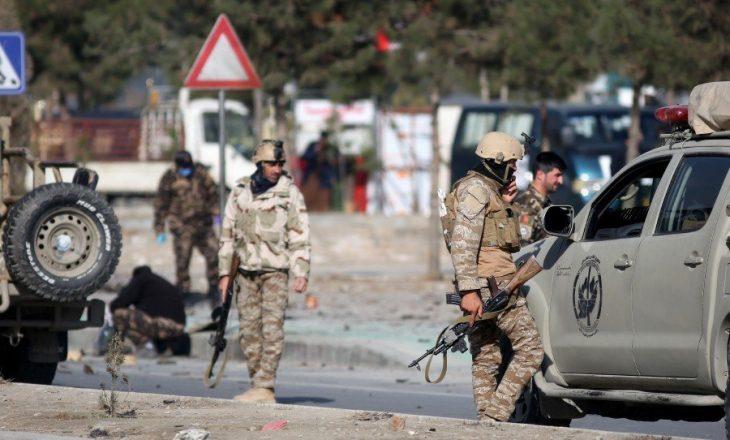 Njëzet e tre raketa goditën kryeqytetin afgan Kabul, tetë civilë mbeten të vrarë