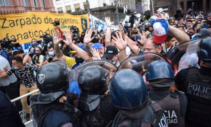 Incidente në lamtumirën e fundit të Maradonës