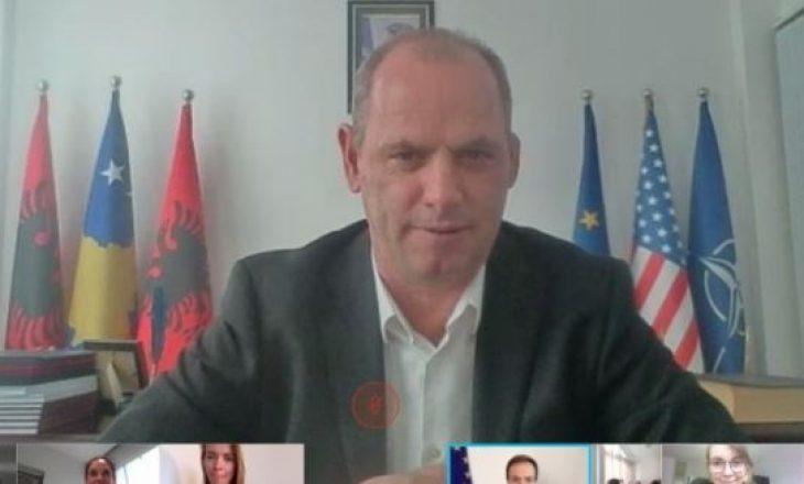 Komuna e Drenasit vlerësohet lartë nga Parlamenti Evropian për bashkëpunim në fushën e arsimit