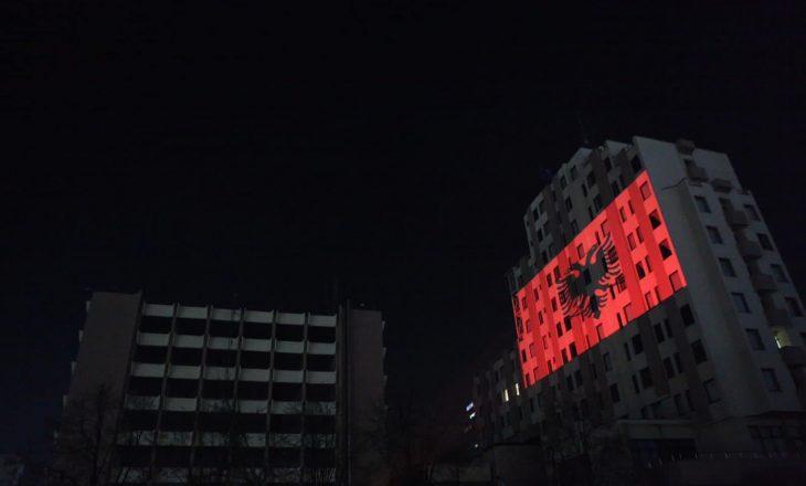 MPJ dhe Presidenca vendosen flamurin kombëtar shqiptar