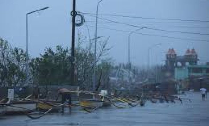 Evakuohen mijëra njerëz nga Filipinet, shkaku i tajfunit Vamco
