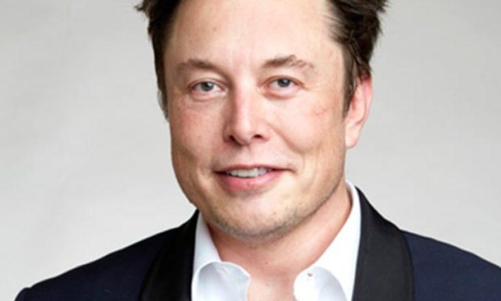 Elon Musk bëhet njeriu më i pasur në botë, e kalon Jeff Bezos