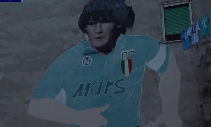 Napoli me fanella të reja ndaj Romës, në kujtim të Maradonës