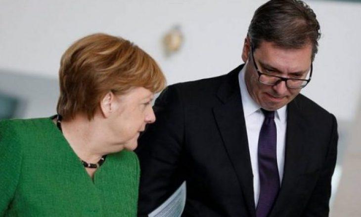 Vuçiq: Merkeli është në anën e Kosovës