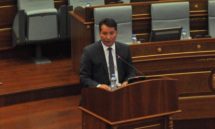 Lekaj kritikon deputetët e VV-së që nuk po përmendin  emrat e çlirimtarëve nga partitë e tjera