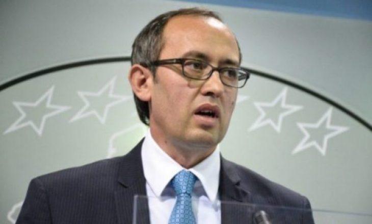 Hoti ka pranuar një letër nga Lajçak-u për vizitat e zyrtarëve serbë në Kosovë