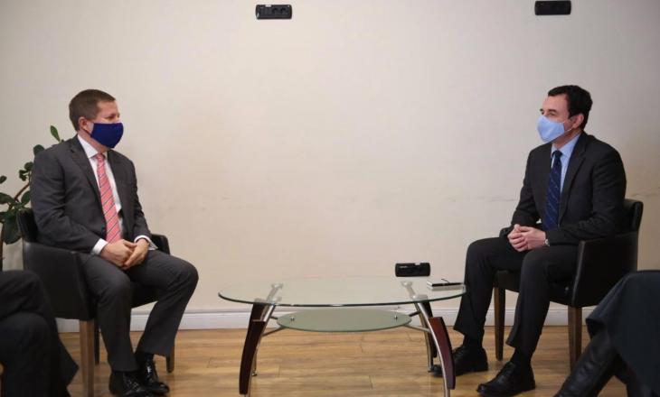 Kurti – Shefit të BE-së në Kosovë: Një herë zgjedhjet, pastaj presidenti