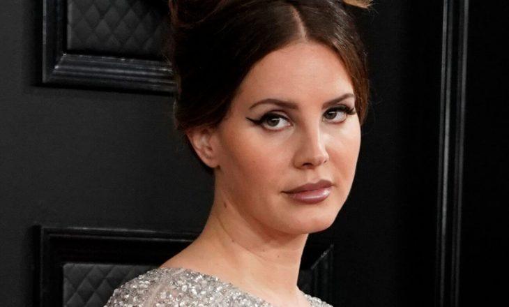 "Landa Del Rey këndon You""ll Never Walk Alone natën e zgjedhjeve"