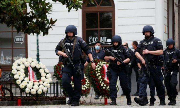 Sulmi në Vjenë: Policia arreston 14 persona