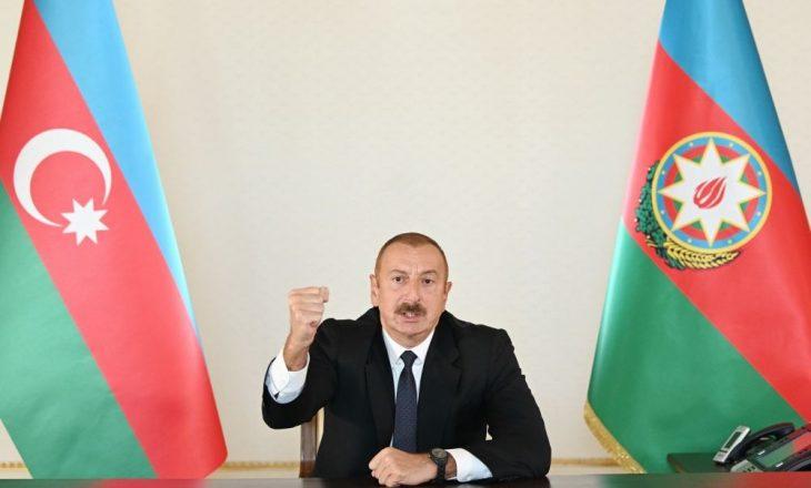 """Azerbajxhani zotohet të luftojë """"deri në fund"""", derisa lufta në Nagorno – Karabakh vazhdon"""