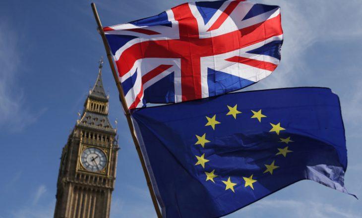Brexit: Arrihet marrëveshje tregtare mes Britanisë së Madhe dhe Bashkimit Evropian