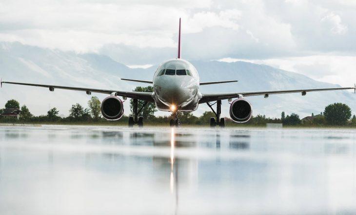 Kosova pezullon fluturimet me Britaninë e Madhe