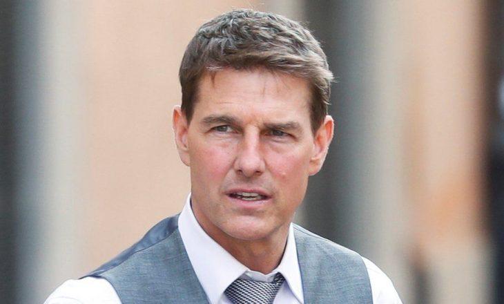 Tom Cruise i bërtet dhe kërcënon me përjashtim punëtorët në xhirimet e Mission: Impossible 7 që nuk respektuan rregullat e Covid