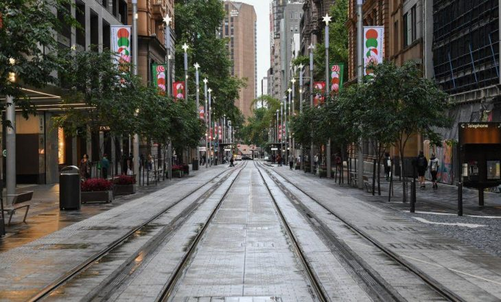 Masa të reja nisin në Sydney përderisa rastet e reja rriten