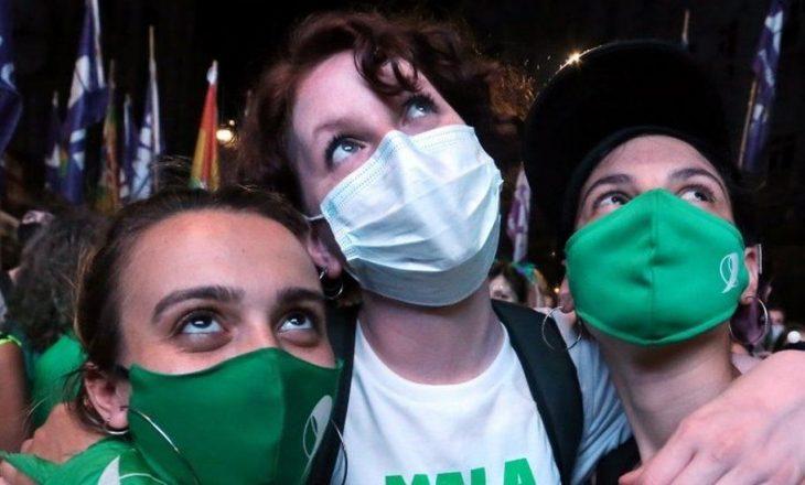 Pas një debati të gjatë, Argjentina legalizon abortin