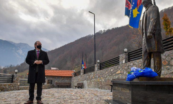Hoti: Jemi të bekuar që kemi pasur një prijës si Ibrahim Rugova