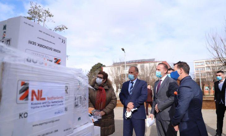 OKB i dhuron QKUK-së maska dhe rroba mbrojtëse
