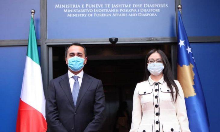 Kosova merr përkrahjen e Italisë për sjelljen e vaksinës kundër COVID-19