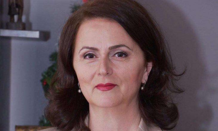 Zv/ministrja me COVID-19 thotë se po nihet e sigurtë në Infektivë
