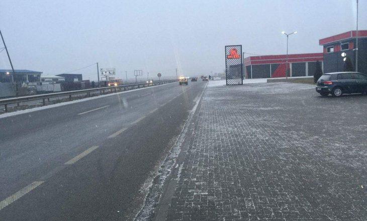 Ministria e Infrastrukturës: Të gjitha rrugët janë të hapura për qarkullim