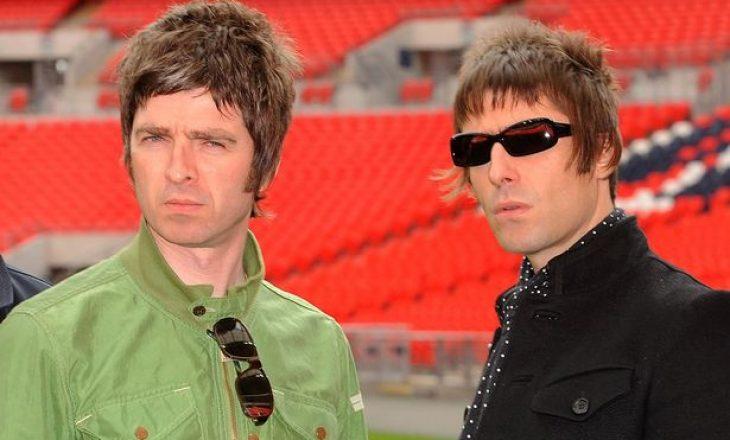 Anëtarët e bendit Oasis përfitojnë 5.4 milionë funta edhepse nuk performojnë më
