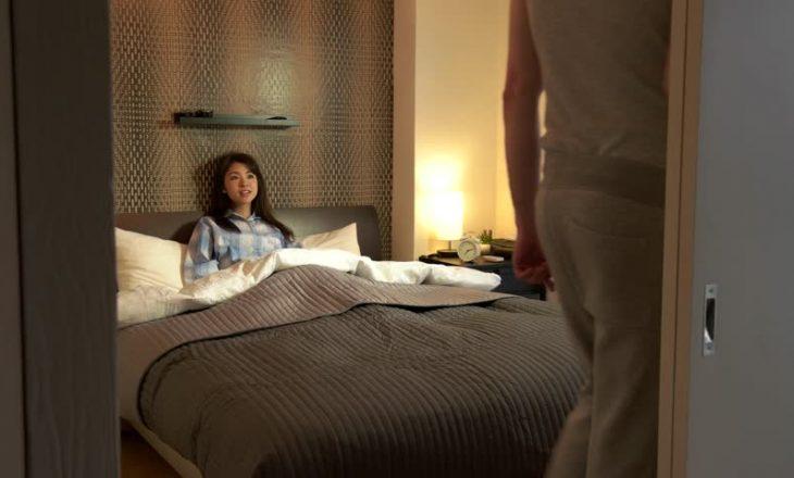 Disa zakone para gjumit që ju ndihmojnë të humbni peshë