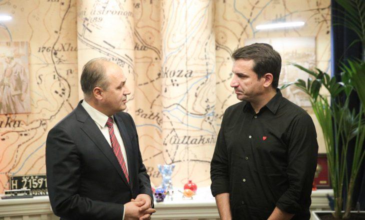 """""""Shqiptarët të unifikohen në mbrojtjen e luftës së UÇK-së dhe themeluesve të saj"""""""