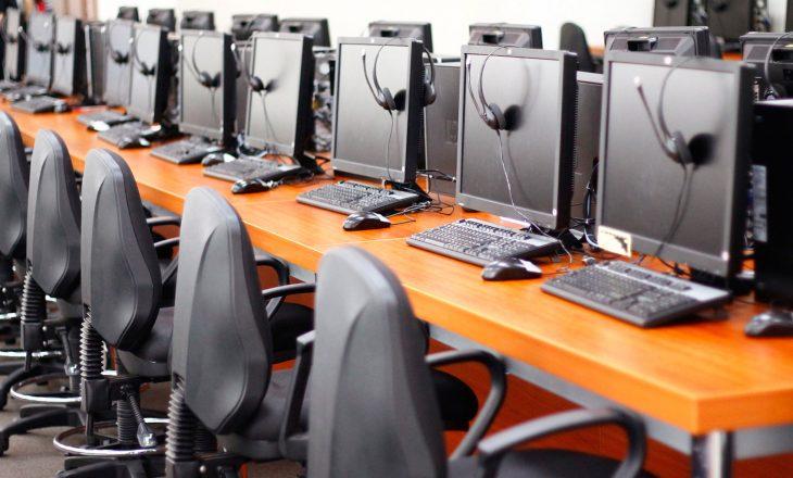 Mashtrimi i një call center – Si u zhvatën 14 milionë dollarë nga amerikanët?