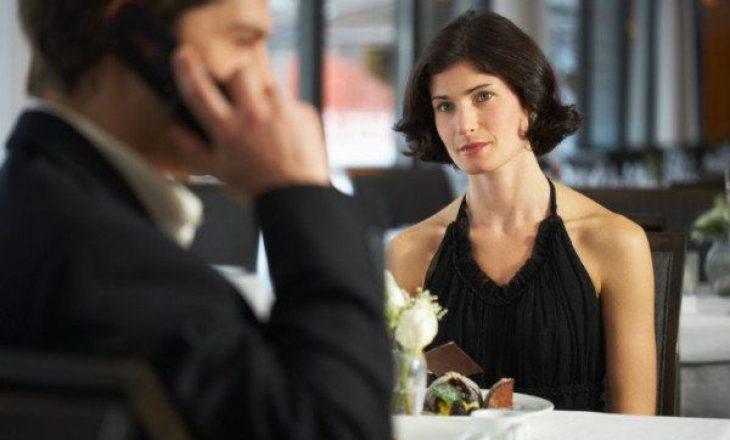 Pse burrat mund ta kenë të vështirë të dëgjojnë gratë?