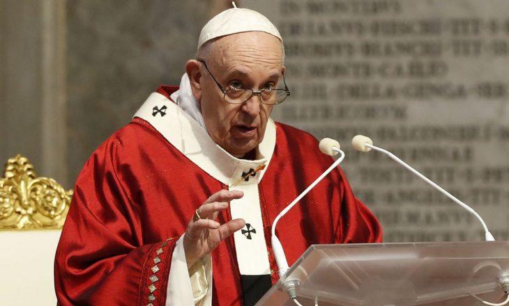 Papa: Fëmijët e Sirisë, Irakut, Jemenit duhet të 'prekin të gjitha ndërgjegjet'
