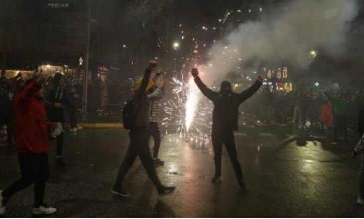 Familja e Klodian Rashës mesazh publik protestuesve